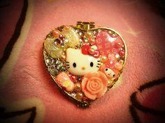 Hello Kitty Compact