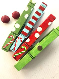 CANDY CANE Clothespins hand painted magnets red and green Ornament Crafts, Xmas Ornaments, Christmas Decorations, Christmas Arts And Crafts, Christmas Love, Wooden Clothespin Crafts, Easy Crafts To Sell, Clothes Pin Wreath, Button Crafts