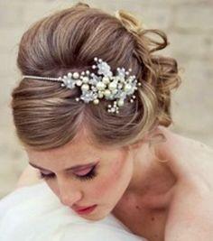 Bride S Side Part Bouffant Bridal Hair Toni Kami Wedding Hairstyles ➁ Hairstyle Ideas