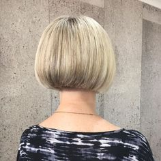 Short everyday hairstyles - Graduated Bob Hairstyles