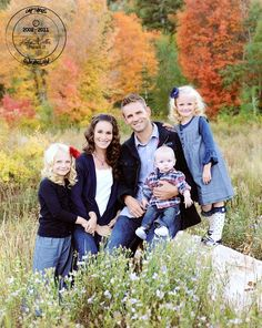 Family Picture Ideas family-picture-ideas-colors