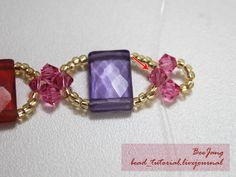 Tutorial : Crystal Bracelet #18 Level : Beginner Equipment - Crystal Bicone 4mm. - Rectangle Bead 9x14 mm. Two holes. - Seed Bead 11/o - Clear nylon thread no. 25 - Clasp and Jumpring Those beautiful rectangle beads are underwater stones. This is what the seller told my mother and me. Of course,…