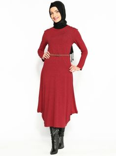 Voûtée Sweater Dress - Rouge - Ironi