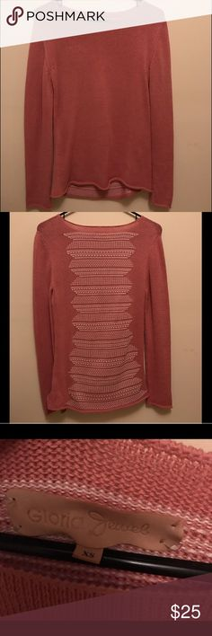 NWOT- Gloria Jewel Coral Sweater w/ detailing Never worn beautiful sweater looking to find sweater new home Gloria Jewel Sweaters