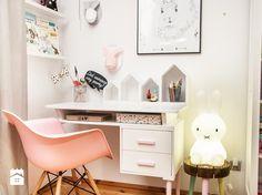Jak wybrać biurko dla dziecka? - Homebook.pl