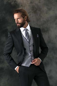 FUENTECAPALA Der Gentleman, Gentleman Style, Sharp Dressed Man, Well Dressed Men, Wedding Men, Wedding Suits, Classy Suits, Designer Suits For Men, Dapper Men