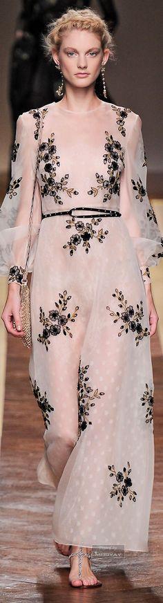 RosamariaGFrangini   Haute Couture   Valentino Floral Dress