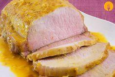 Hoy os traigo una receta de lomo de cerdo al horno, un plato muy sencillo de elaborar con el que se obtiene una carne sumamente sabrosa y tierna. De entre