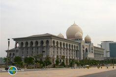 The Palace of Justice, Putrajaya Putrajaya, Beautiful Buildings, Palace, Taj Mahal, Travel Tips, Asia, Travel Advice, Palaces, Travel Hacks