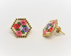 Bead Embroidery Jewelry, Beaded Jewelry Patterns, Seed Bead Patterns, Beading Patterns, Etsy Earrings, Beaded Earrings, Brick Stitch Earrings, Beadwork Designs, Bead Weaving