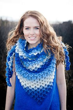 Crochet Crocodile Stitch shawl
