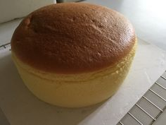 My first attempt using solely the Korean citron tea concentrate ended up with a nice soft cake, but without much flavour. Therefore, in my s...