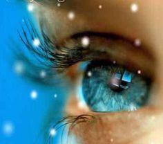 Icy blue eye~