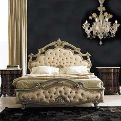 Nightstands, side tables, cabinets or chairs are some of the luxury bedroom furniture tips that you can find. Every detail matters when we are decorating our master bedroom, right? Dream Bedroom, Home Bedroom, Bedroom Furniture, Master Bedroom, Bedroom Decor, Bedroom Ideas, Decoration Baroque, Luxurious Bedrooms, Luxury Bedrooms