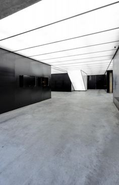 Stone Art Gallery / O- Office Architects