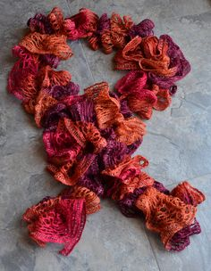 I want to learn to crochet these Red Heart Sashay scarves this summer...keep seeing all the beautiful skeins of yarn at JoAnn's.