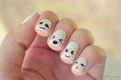 Super cute kawaii nail art. I want to do this to my toes. Too bad there's no tutorial :/