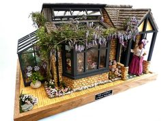 JO MEDVENICS picture 2 - 2012 Spring Fling Contest - Gallery - The Greenleaf Miniature Community