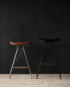 Wire Bar Stool is a minimalist design created by Denmark-based designer Overgaard & Dyrman. (4)