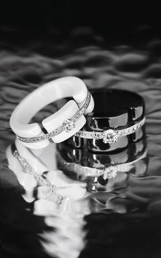 Discover the latest Ultra pieces in black and white. This time, with diamonds. More on www.chanel.com/-UltraRing