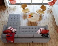 15 Layouts Sala De Acima // O uso de madeira clara e ajuda cinza os toques de…