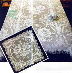 Hobbies feminine work - embroidery - crochet - knit: bedspread filet flowers with pattern Crochet Bedspread, Beautiful Drawings, Filet Crochet, Bed Spreads, Crochet Patterns, Cross Stitch, Embroidery, Rugs, Knitting