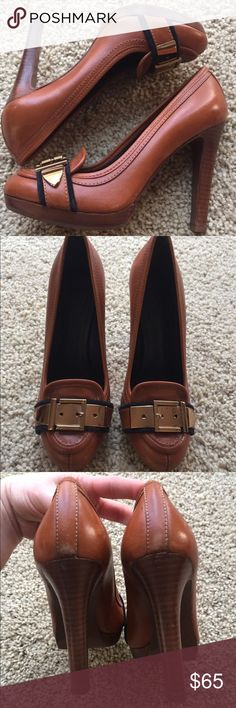 "OMG!  Gorgeous Tory Burch brown 4.5"" heels sz 8 Beautiful leather Tory Burch platform heels with gold hardware on toes. Some minor scuffs on back & sides.  Could probably be buffed out with leather cleaner.  4.5"" heels.  Sz 8 - could fit 7.5 also in my opinion.   ** Price firm** Tory Burch Shoes Platforms"