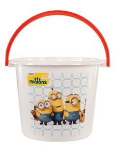 Your little one will have a blast collecting sweets with a Minions Treat Bucket! This Minions Movie Treat Bucket matches your Minion costume. Minion Halloween, Easy Funny Halloween Costumes, Minion Costumes, Halloween Bags, Halloween Trick Or Treat, Halloween 2016, Halloween Stuff, Minion Movie, My Minion
