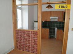 Prodej nově vybudovaného bytu vosobním vlastnictví ovelikosti 3+1 arozměrech 70m2 vobci Bukovice -Jeseník. Byt je po celkové rekonstrukci, koupelna sWC, kuchyňská linka, dlažba, plovoucí podlaha,…