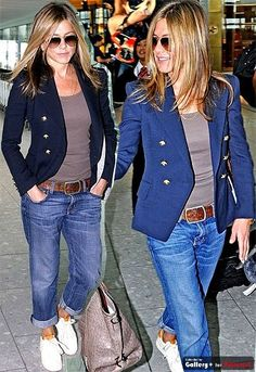I want what& in her closet! I& also like to be able to fit into what& in her closet though too! Jenifer Aniston, Jennifer Aniston Style, Blazer Outfits, Casual Outfits, Mode Outfits, Fashion Outfits, Womens Fashion, Look Fashion, Winter Fashion