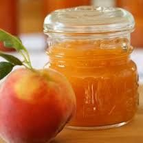 peachy peach jam I may have to try this. Have never used a flavoring in jam. Peach Freezer Jam, Peach Jam, Peach Jelly, Peach Preserves, Sauces, Caramel, Jam And Jelly, Breakfast For Kids, Breakfast Ideas
