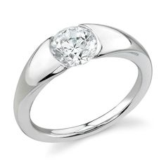 Propose to me with this PLEASE  #Engagement #Rings for #Women