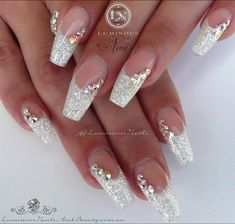 Luminous Nails: White Christmas Acrylic Nails With A Touch Of Red! with Red And Gold Christmas Acrylic Nails Bride Nails, Wedding Nails For Bride, Prom Nails, Bling Wedding Nails, Wedding Acrylic Nails, Glitter Wedding, Wedding White, Long Nails, Bling Nail Art