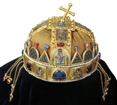 This is a photograph of the Holy Crown of Hungary. Byzantine Gold, Saint Stephen, Hagia Sophia, Crown Jewels, Royal Jewels, My Heritage, Enamel Jewelry, Gemstone Colors, Gemstones