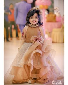 Pankhudi rocked her big birthday , by wearing this beautiful ggown , she was surely the showstopper Kids Party Wear Dresses, Kids Dress Wear, Baby Girl Party Dresses, Dresses Kids Girl, Kids Party Wear Frocks, Kids Outfits, Wedding Dresses For Kids, Baby Girl Frocks, Frocks For Girls