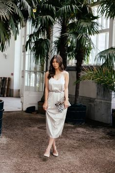 Editor's Pick: Destination Wedding Guest - The Daily Dose