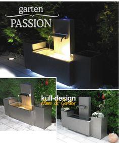 Gartenbrunnen mit integriertem Licht