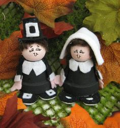 Felt & Mini Flower Pot Pilgrims  #Fall Crafts # Halloween Crafts