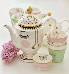 todoempiezapor... t : Teteras, té, tazas...