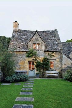 Stone cottage in the Coltswalds via House Beautiful