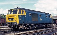 Railway Herald :: Imaging Centre :: at Exeter St Davids Electric Locomotive, Diesel Locomotive, Steam Locomotive, Usa Rail, Steam Railway, South Devon, British Rail, Train Pictures, Train Engines