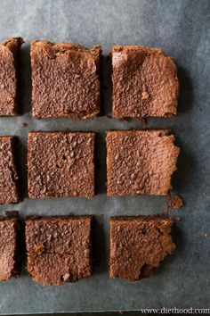 2-Ingredient Nutella Brownies Desserts for my sweet tooth! Yummy.  Delish