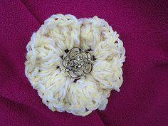 Free Crochet Flower Pattern on Ravelry: http://www.ravelry.com/patterns/library/ruffled-beginner-flower--200f
