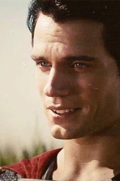 Henry Cavill. Superman. Clark Kent.