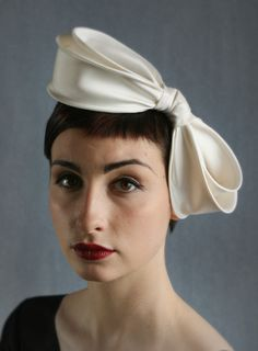Silk double bow | William Chambers Millinery | Spring/Summer 2010
