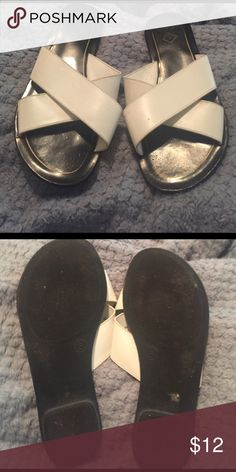 White sandals size 8 Cute white sandals in good used condition. Size 8 and great for summer. Shoes Sandals