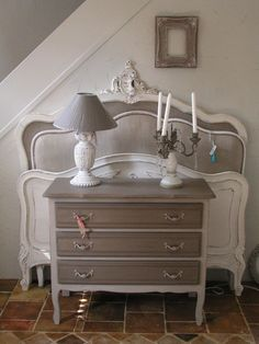 37 Ideas Shabby Chic Bedroom Decorating Ideas Diy Romantic For 2019 Shabby Chic Furniture, Shabby Chic Decor Bedroom, Decor, Home Decor Furniture, Furniture, Furniture Makeover, Diy Bedroom Decor, Furniture Inspiration, Redo Furniture