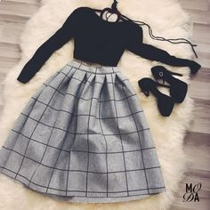 Which outfit 1 – Via . Teen Fashion Outfits, Curvy Outfits, Mode Outfits, Classy Outfits, Cute Fashion, Pretty Outfits, Pretty Dresses, Stylish Outfits, Girl Fashion