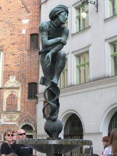 Fontanna na Placu Mariackim w Krakowie