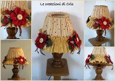 Siamo alla parte finale! Dopo aver rivestito il paralume di una lampada ho applicato una serie di fiori in tessuto sulla balza    Ho fatto ...